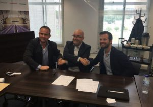 NEN's Edwin van der Zijden signed the official agreement with Patrick Stevens of Relighting and Marco Brugman of Feilo Sylvania